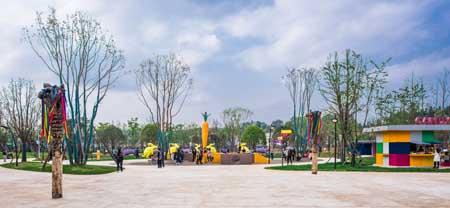 贵州安顺山里江南洛嘉儿童乐园