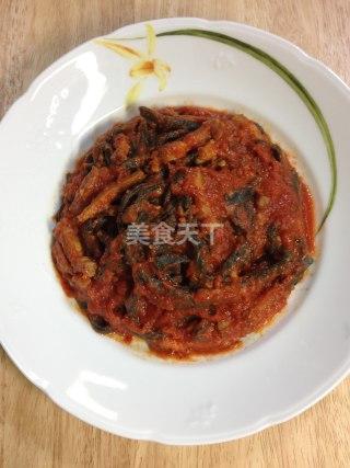 蕃茄酱意式黑珍珠面