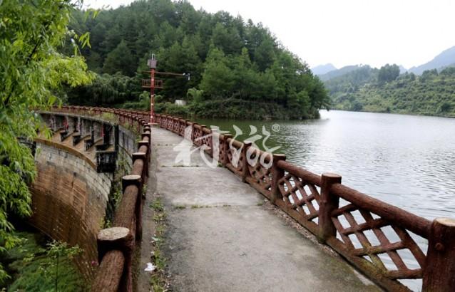 贵州:龙里生态园图文简介